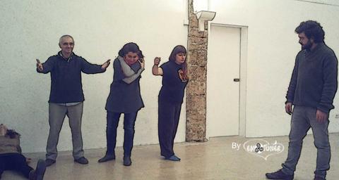 Tres imágenes representadas por 4 personas de lo que es para ellas HOGAR